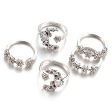 5 Pieces / Set Of Moon Stars Crystal Ring Boho Wedding Knuckle Flower Ring women's Joint Joint Ring Midi(China)