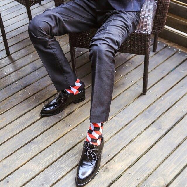 2020 Venda Quente Homens Casual Meias Meias Novas de design de moda Xadrez Colorido feliz Partido Negócios Vestido de Meias de Algodão Homem 4