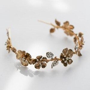 Image 4 - Diadème de mariée pour femmes, couronne à fleur dorée Vintage, strass, fait à la main, accessoires de cheveux de mariage