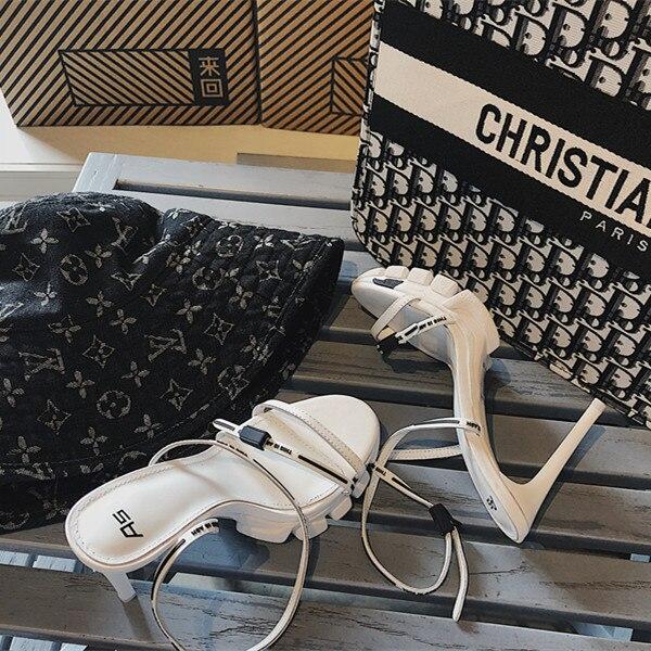 Новая модная обувь на весну и лето, 19 спортивные сандалии с буквенным принтом «Baitie» черного и белого цветов для пожилых пап женская обувь на ... - 4