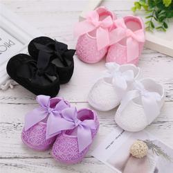Весенне-Осенняя обувь для маленьких девочек; однотонная обувь для маленькой принцессы; нескользящая Мягкая Обувь для новорожденных