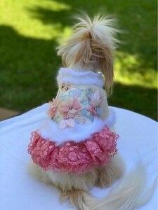 Image 5 - Ücretsiz kargo el yapımı köpek giysileri yün Pet Coat köpek elbise yapay tavşan kürk yaka kristal çiçekler kedi giysileri Yorkie