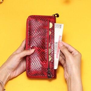 Image 5 - Billeteras de piel de cocodrilo rojo para mujer, bolso de mano femenino, tarjetero Rfid, billeteras teléfono móvil de lujo, monedero, billetera de bolsillo para monedas