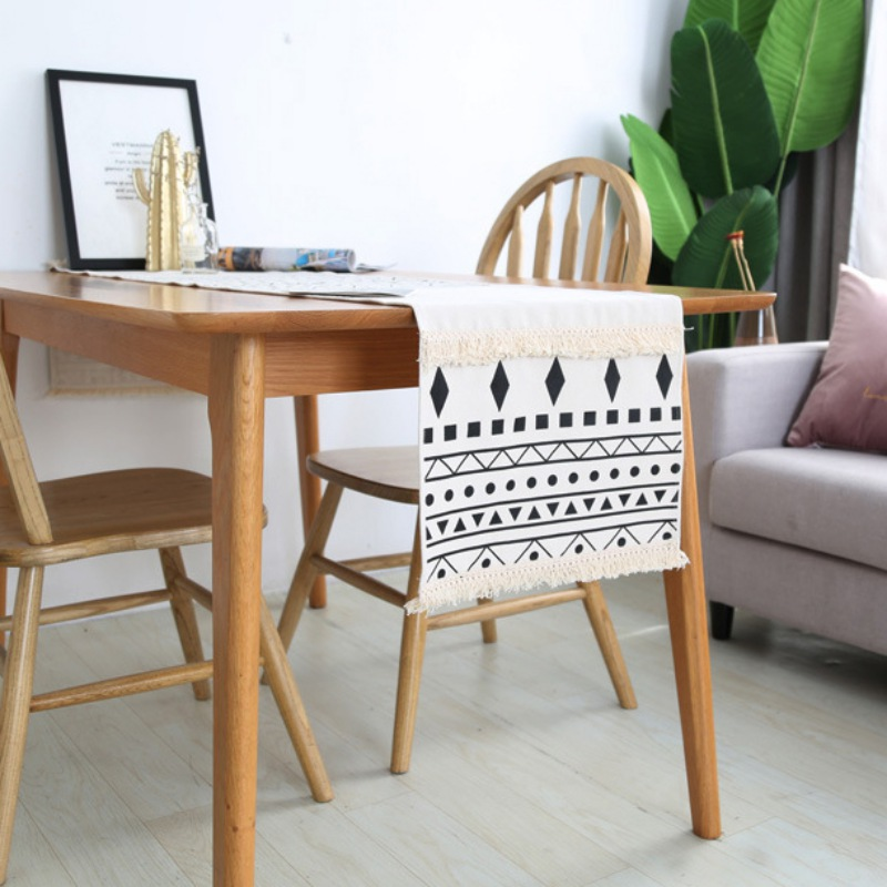 Bohemian Style Moroccan Style Geometric Pattern Table Flag With Tassels Black And White Bed Flag Dining Table Decorations