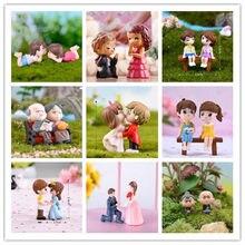 1 conjunto menino menina casa decoração amantes sweety casal cadeira estatuetas miniaturas terrários jardim de fadas musgo crianças brinquedo resina artesanato