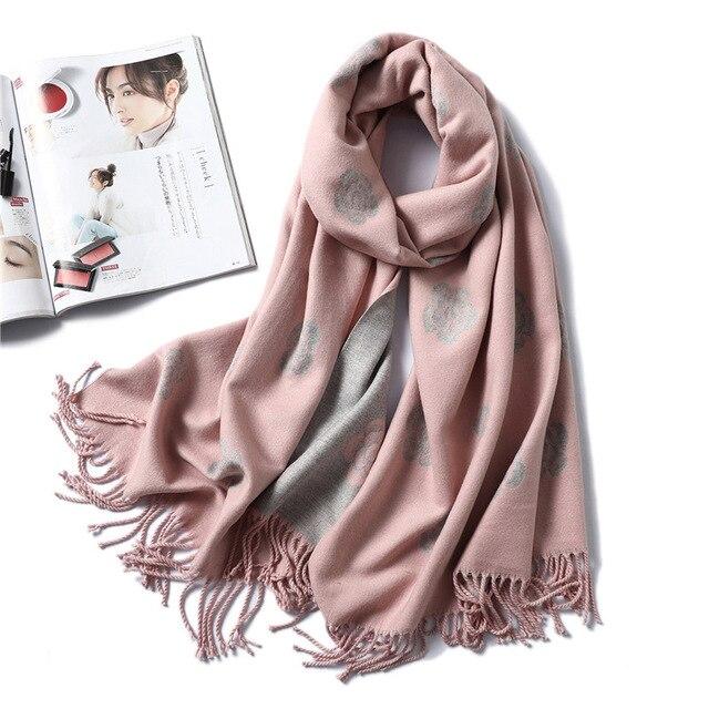 브랜드 디자이너 겨울 스카프 여성을위한 클래식 꽃 인쇄 Shawls 및 랩 두꺼운 따뜻한 Pashmina 패션 Tassels 캐시미어 스카프