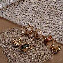 Pendientes Vintage S925 Post hipoalergénicos para mujer, CC Huggie pequeño Color dorado, elegantes, Retro, acrílico, oscuro