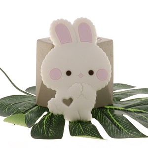 Image 4 - Fkisbox 10 Bộ Gặm Nhấm Silicone Thỏ Bé Xúc Xắc Thỏ KHÔNG CHỨA BPA Trẻ Sơ Sinh Nhai Hạt Mọc Răng Phụ Kiện Vòng Cổ Mặt Dây Chuyền Đồ Chơi