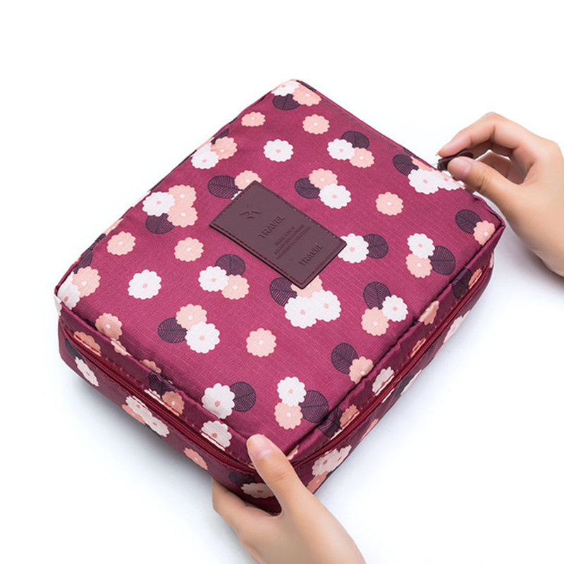 Travel Makeup Bag For Women Waterproof Portable Cosmetic Bag Toiletries Organizer Bag  Female Make Up Storage Cases XYLOBHDG