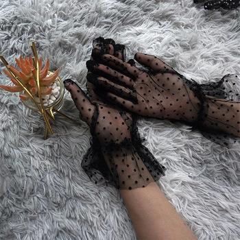 Nowy 1 para Grace jesień lato kobiety krótkie tiulowe rękawiczki elastyczna koronka miejsca Lotus Leaf Sheers elastyczne akcesoria pełny palec tanie i dobre opinie DO NADGARSTKA Dla osób dorosłych CN (pochodzenie) WOMEN Net yarn moda lace ponytail beanie hair accessories glasses sunglasses women bts cap glo