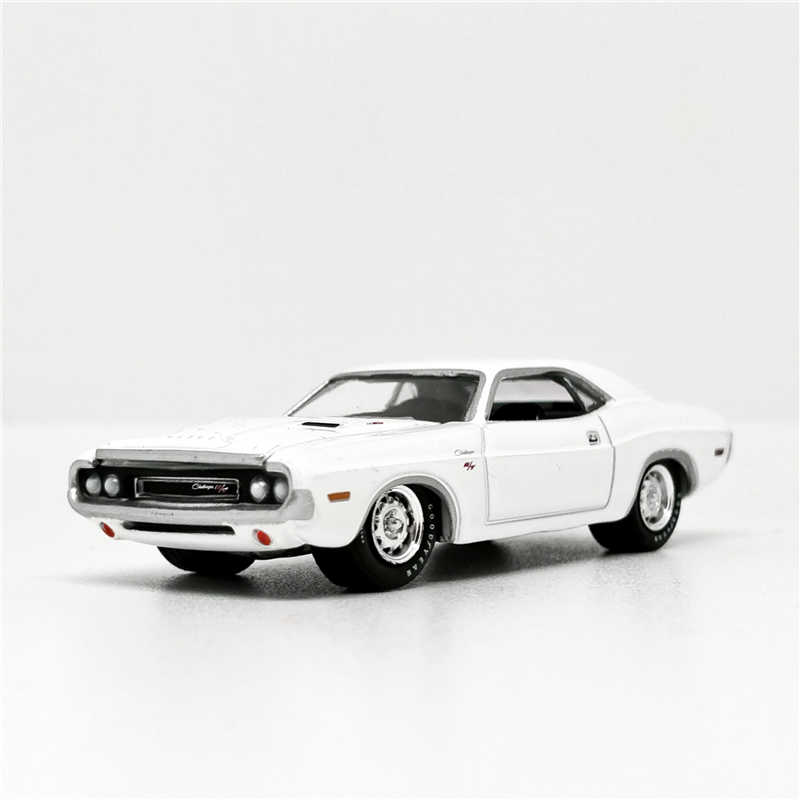 Greenlight 1:64 Dodge Challenger R/T 1970 White Diecast Model Car No Box