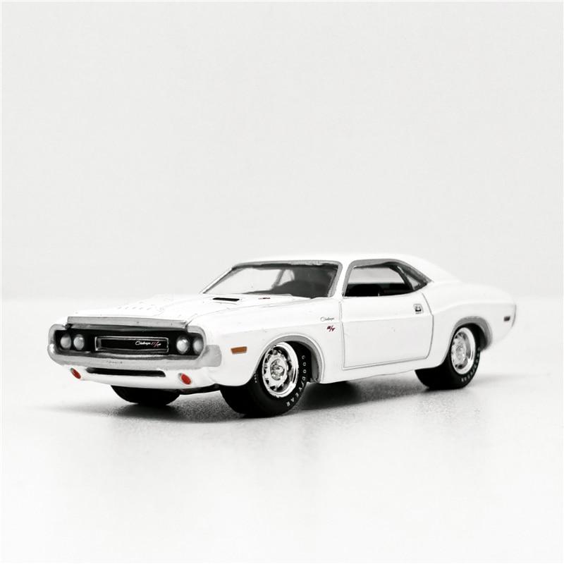 Greenlight 1:64 Dodge Challenger R/T 1970 White Diecast Model Car No Box
