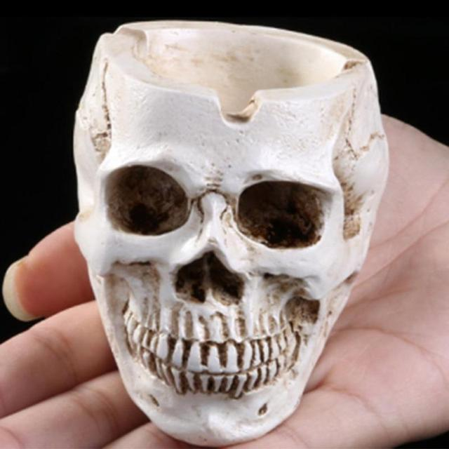 Skull Resin Ashtray Home Ornament Anti-slip Crafts Smokeless Ashtray Cigarette Holder Crafts Halloween Decorative Supplies 2