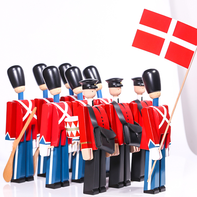 Nordic Danish Soldier Wooden Miniature Figurines Decoration Creative Home Decor Children's Model Puppet Handmade Solid Wood 1