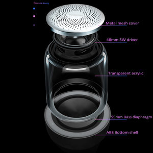 Image 3 - Lewinner C7 Bluetooth V5.0 kablosuz hoparlörler HiFi Stereo sütun taşınabilir hoparlör romantik renkli mikrofon ile ışık