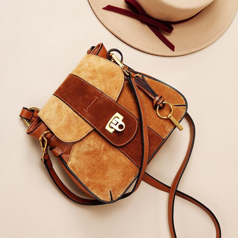 جلد طبيعي النساء حقائب عالية الجودة حقيبة كتف الإناث 2019 سيدة حقيبة ساع القطن Nubuck النساء أكياس رفرف WBS076-في حقائب الكتف من حقائب وأمتعة على  مجموعة 2