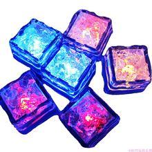 Кубики льда СИД Светящиеся вечерние осветительной вспышкой светящиеся
