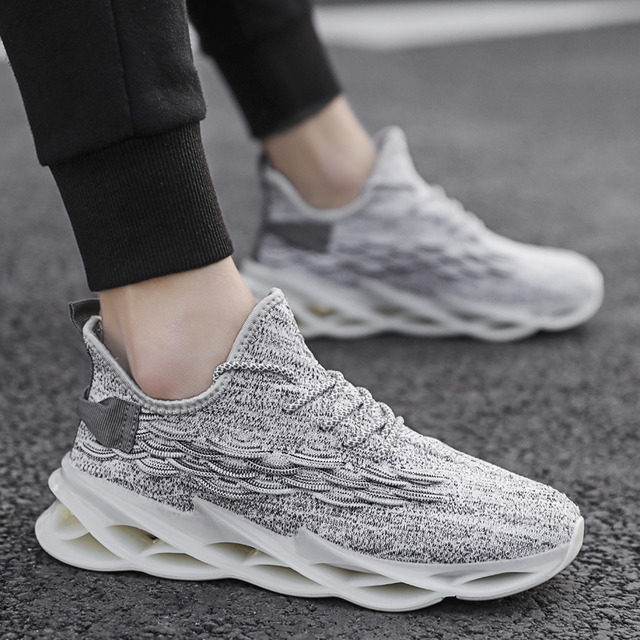 Fashionable plus size mens sports shoes light and breathable ladies running shoes high quality casual shoes mesh sports shoes