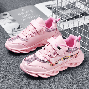 Image 2 - Mode Kinderen meisje Schoenen Ademend Baby Schoenen Sneakers Zachte Bodem antislip Casual meisje Schoenen