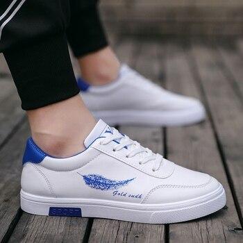 цена Damyuan Walking Shoes 2020 New Comfortable Breathable Casual Shoes Non-slip Wear-resistant Sneakers Men онлайн в 2017 году