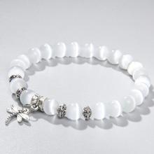 8 мм белый кошачий глаз камень бусины браслет с Лаки Стрекоза собака коготь подвески в форме бабочки Strand браслеты для женщин