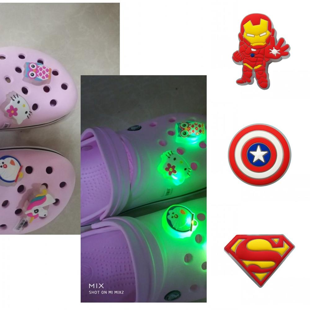 1pc Avengers LED Lighted Shoe Charms Shoes Accessories For Boys Girls Croc Decoration JIBZ Shoe Buckles Kids Party Gift