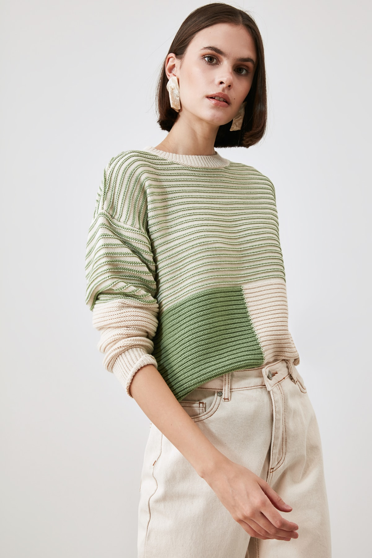 Trendyol With Color Block Knitwear Sweater TWOAW21KZ2818