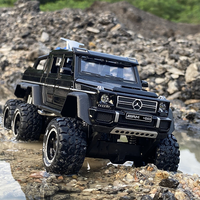 1:28 BenzsG63 G63 6*6 Big Tyre Off-Road Vehicle Alloy Pickup Car Model Diecast & Toy Vehicles Metal Car Model Childrens Toy Gift 1