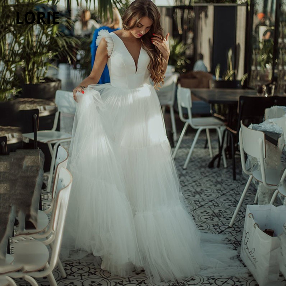 LORIE Simple White Wedding Dresses Tulle 2020 Deep V-Neck A-Line Boho Hem Wedding Gowns Sleeveless Bridal Party Dress Plus Size
