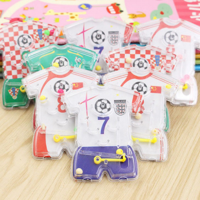 10 Pcs Kids Happy Birthday Party Favor Football Wear Pin Ball Game Girl Boy Party Gift Baby Shower Souvenir Present Party Favors