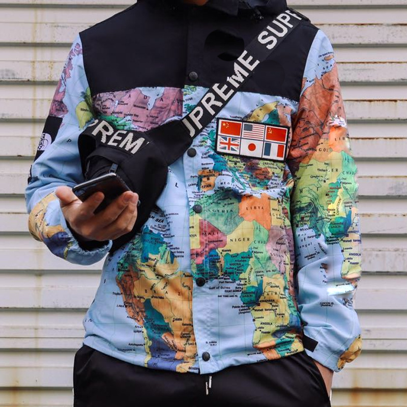 Hot Selling Trench Coat Men's Sweatshirts & Hoodies Printed Map Men And Women Detachable Cap 3M Night Light Raincoat Jacket