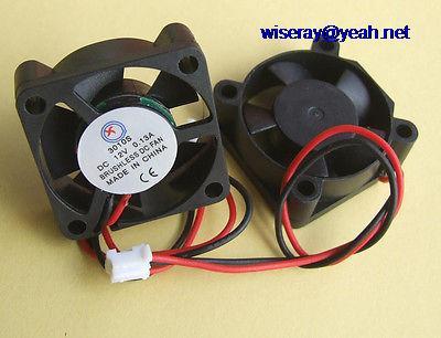DHL/EMS 100 pièces 2pin DC 12V Ventilateurs 30x30x10mm 12V DC Brushless Refroidissement 5 Lame Ventilateur 3010-A8