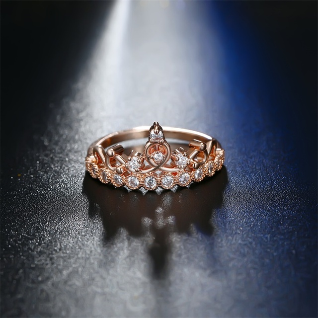 Luxurious Crown Ring 6
