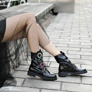 Image 2 - Дизайнерские черные ботинки со стразами; роскошные женские брендовые зимние ботинки из натуральной кожи; коллекция 2019 года; женские ботинки на плоской подошве