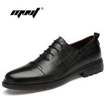 Classic style men leather casual shoes flats Handmade lace up Italian designer Oxford wedding party dress