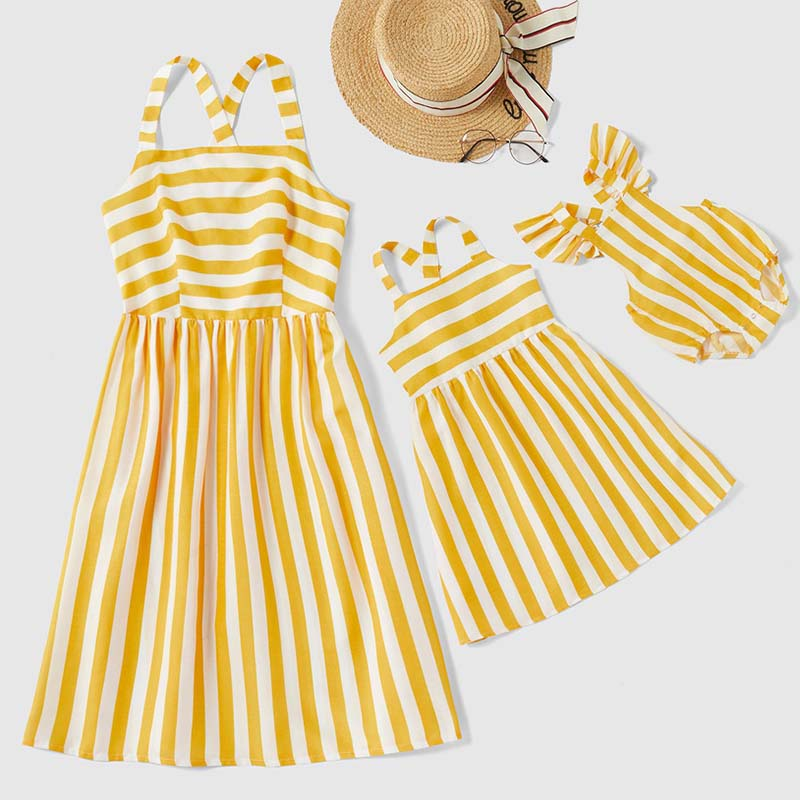2020 Summer New Family Matching Outfits Stripe Sleeveless Dresses Rompers Baby Girl Mom Clothes Adult Kids Dress Family Look