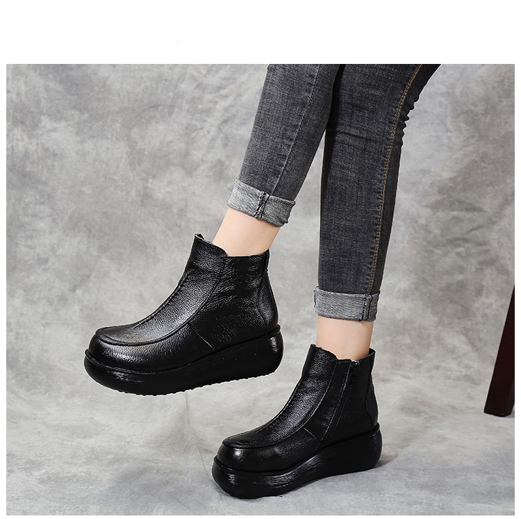 Xiuteng 2020 New Genuine Leather Winter Boots for Women Flat Shoes Ladies Snow Boots Womens Flat  Keep Warm Platform Work Shoes