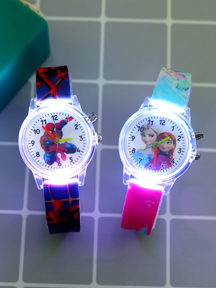 New Super Hero Cartoon Flash Light Kids Watches for Girls Boys Rubber Strap Cute Princess