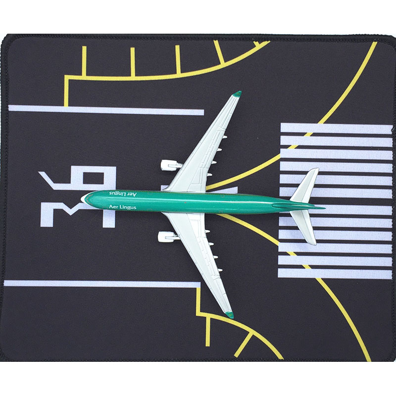 1/400Airport Passenger Aircraft Runway Model Civil Airliner Airbus Boeing Plane Model Aircraft Scene Display Available Mouse Pad