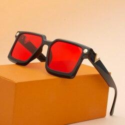 New Fashion Sunglasses Women's fashion net star same v-box sunglasses 9629