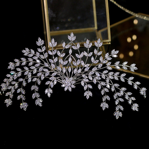 Image 4 - 新デザイン花嫁ティアラヘアアクセサリー花の女性の結婚式のヘアアクセサリーサイドクリップディナーウェディングドレスのアクセサリー