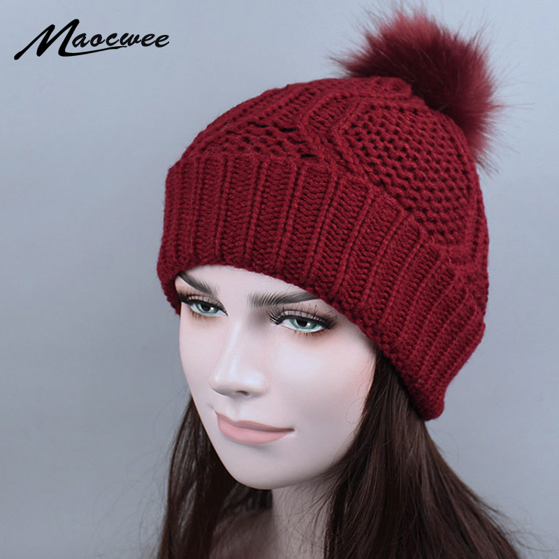 Autumn Winter Beanies Hat Woman Knitted Skullies Casual Cap With Faux Raccoon Fox Fur Pompom Solid Colors Ski Gorros Cap 2017