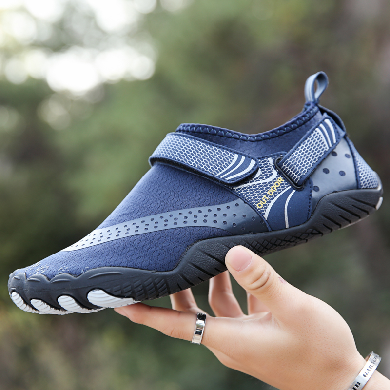 NEW Summer Water Shoes Men Beach Sandals Upstream Aqua Shoes Man Quick Dry River Sea Slippers Diving Swimming Shoes 36-47