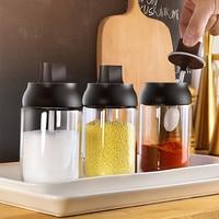 250ml Gewürz Glas Gewürz Flasche Salz Pfeffer Glas Würze Jar Feuchtigkeit beweis Deckel Löffel Gewürz Container Küche Gewürz flasche-in Salzgefäße  -Streuer & -Servierer aus Heim und Garten bei