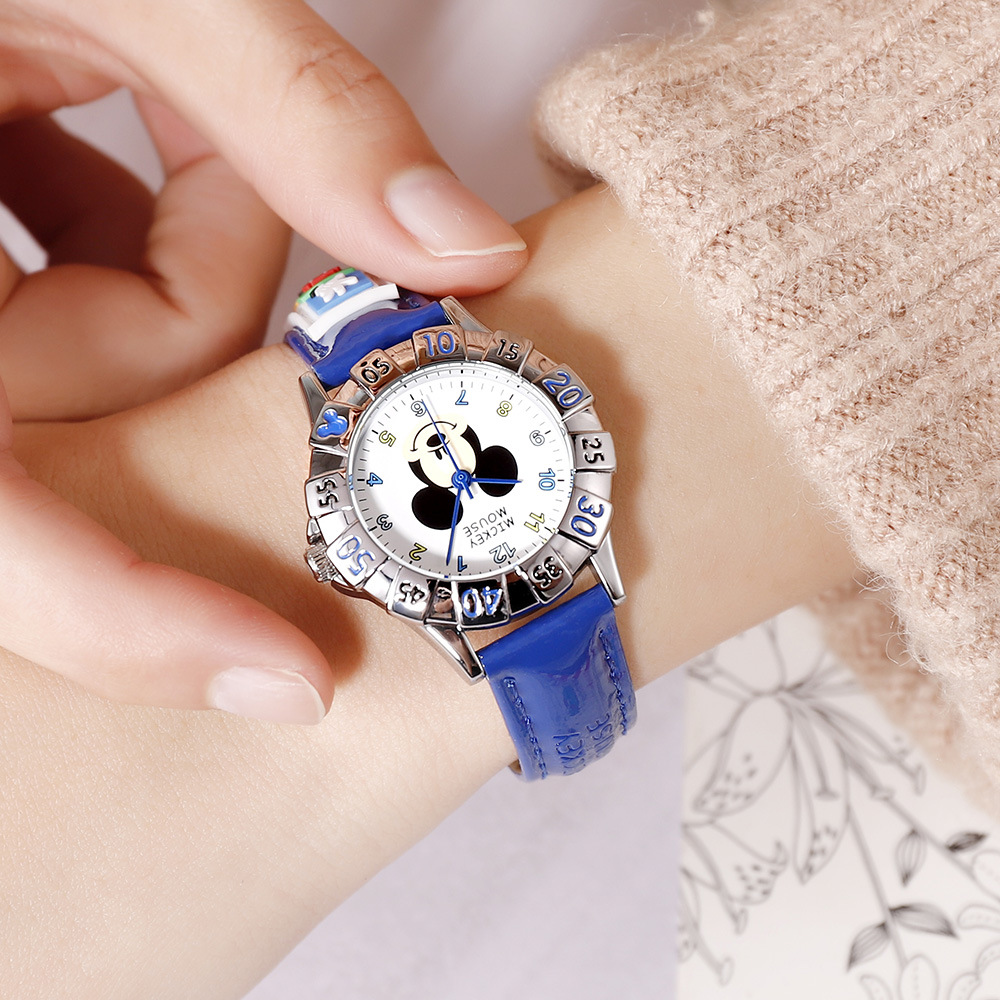 Disney Children's Quartz Wristwatch Boy Girl Watch And Gift Cute Trend Personality Mickey Mouse Kids Watch Water Resistant
