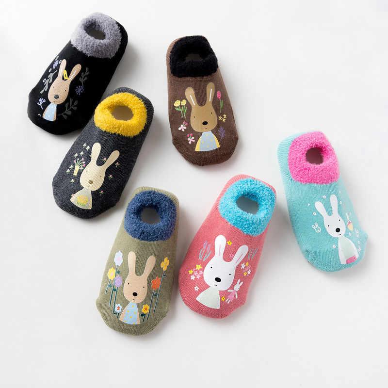 Calcetines de algodón para bebés y niñas, calcetines de goma antideslizantes, calcetines de animales para niños, de dibujos animados, invierno, Otoño, zapatos cálidos gruesos