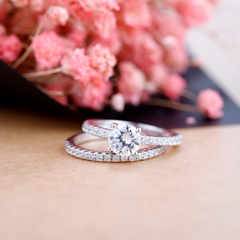 GEM'S BALLET 1.0Ct 6.5mm 2PC rond accentué Solitaire ensemble brillant Moissanite anneau pour les femmes 925 en argent Sterling bijoux de mariée