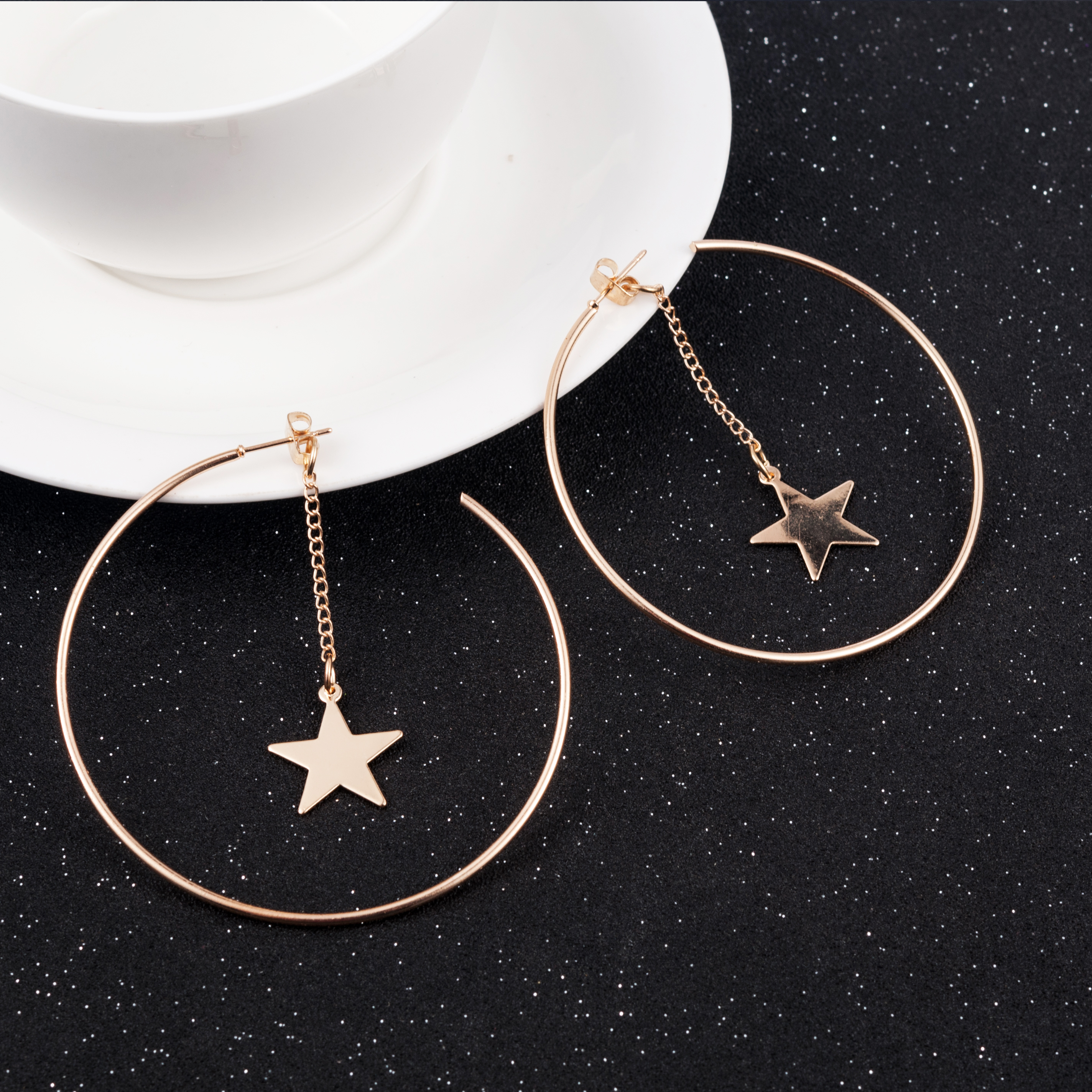 New Fashion Gold Color Big Hoop Star Chain Drop Dangle Earrings For Women Earrings Personality Fashion Boucle D'oreille Pendient