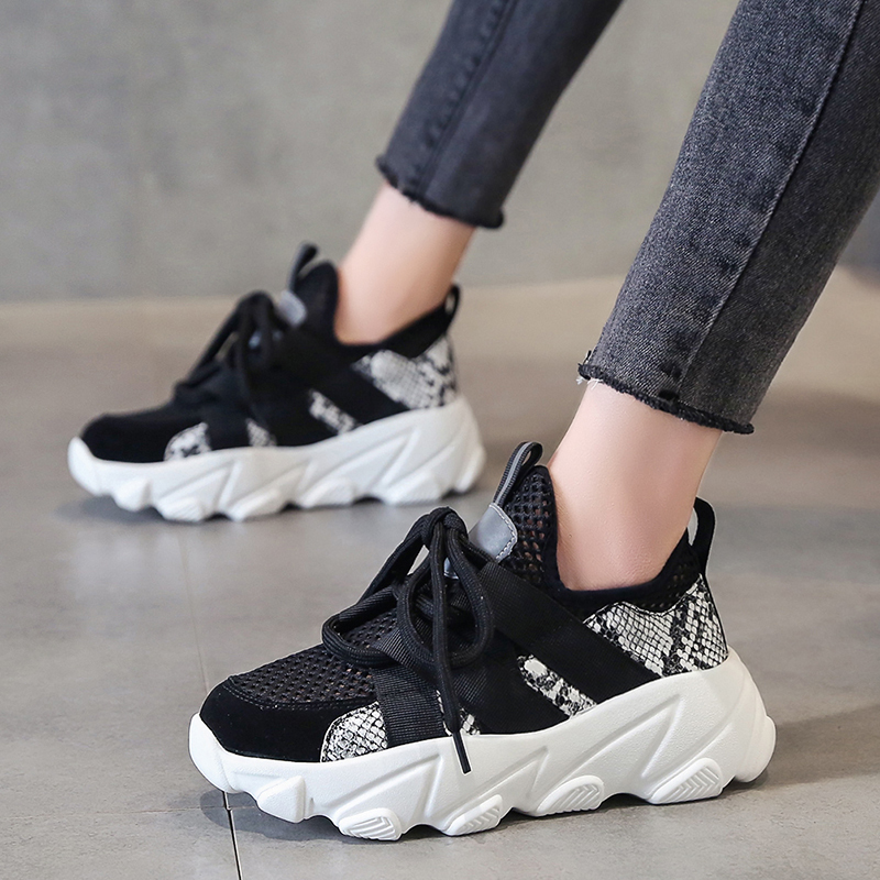 2020 summer tide new daddy shoes wild thick bottom hollow breathable mesh shoes women casual sports shoes Z865