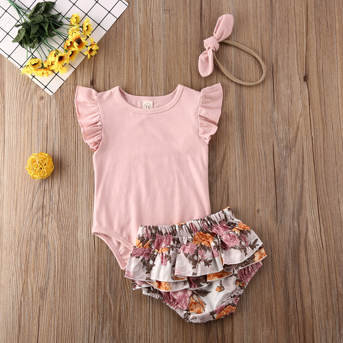 Pudcoco Newborn Baby Girl Clothes Fly Sleeve Solid Color Romper Tops Flower Print Ruffle Short Pants Headband 3Pcs Outfits Set